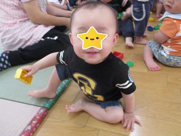 ひがし保育園 1歳児 ブロック遊び